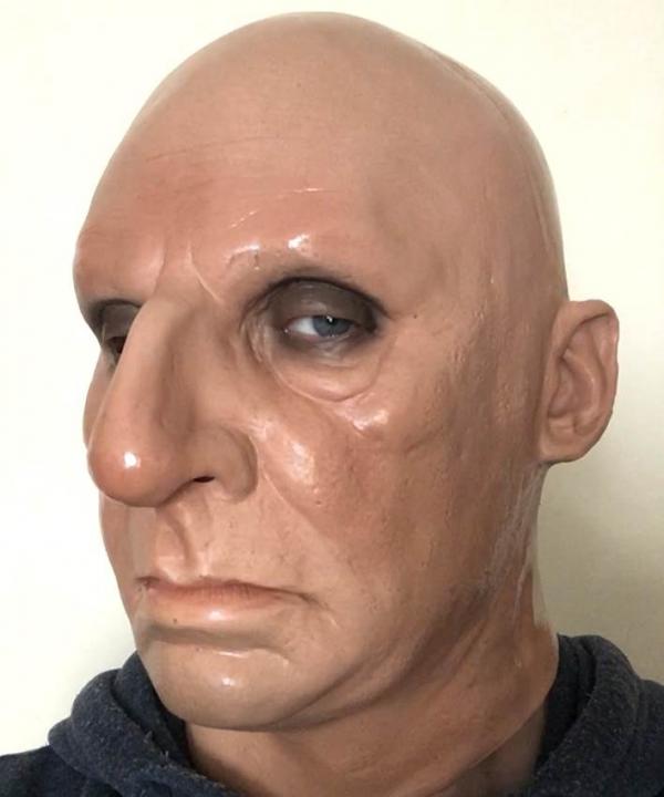 Maska Boss twarz z przodu