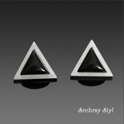 ONYX TRIANGLES