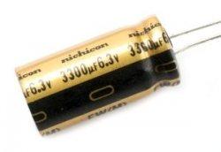 Kondensator Nichicon FW 100uF 25V