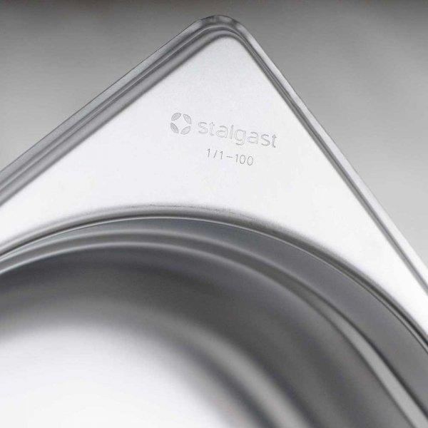 pojemnik stalowy, GN 1/4, H 200 mm