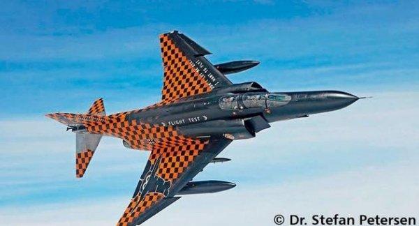 REVELL F-4F Phantom II W TD61 Flight