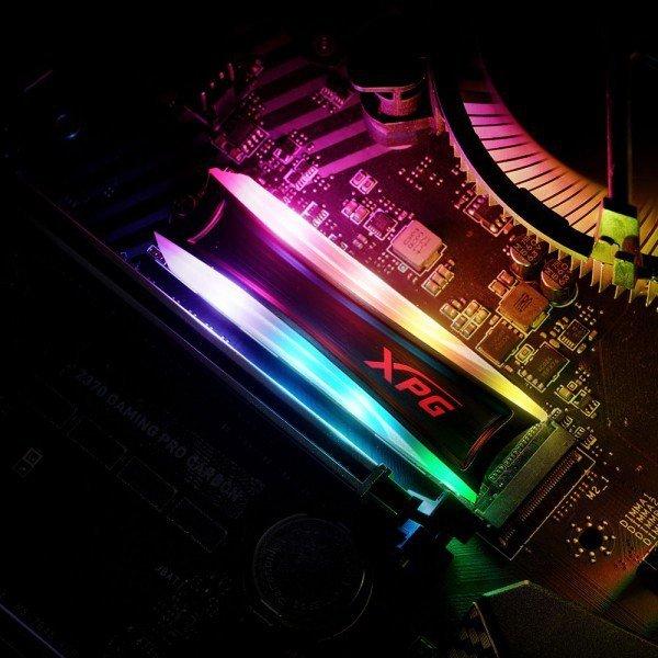 XPG Spectrix S40G M.2 4000 GB PCI Express 3.0 3D TLC NAND NVMe
