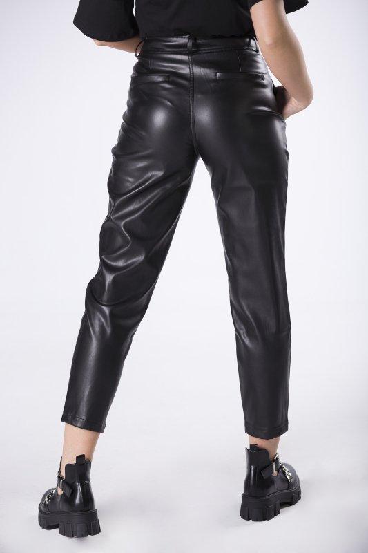 spodnie z imitacji skóry