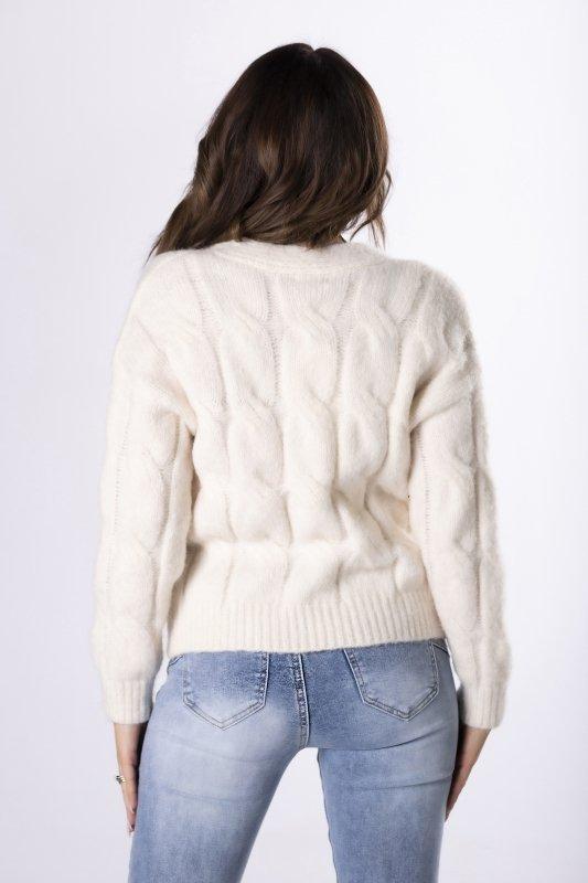 oversize'owy sweter ze złotymi guzikami
