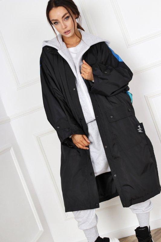 płaszcz z nadrukiem na plecach