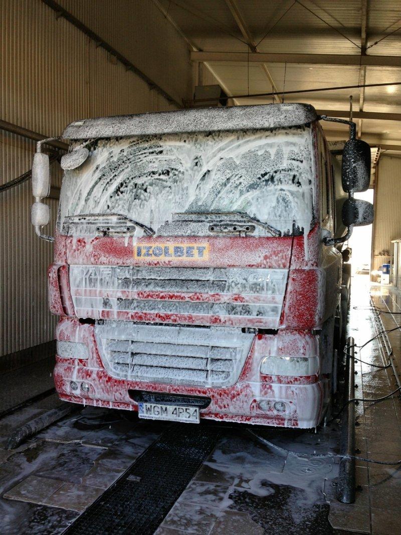 """Preparat do mycia samochodów ciężarowych, TIR, Busów  tzw. """"aktywnej piany""""  -  Super Van 3"""