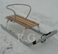 Schlitten aus Metall mit Rückenlehne ohne Schiebestange in silber