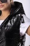 kamizelka z suwakami na ramionach