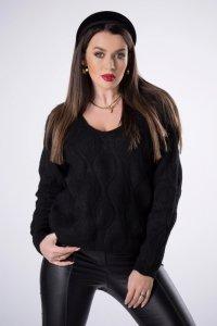 sweter z dekoltem w serek i ozdobnymi przeszyciami