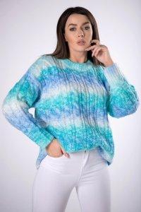 tęczowy sweter z warkoczowym splotem