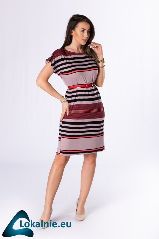 sukienka z paskiem i guzikami