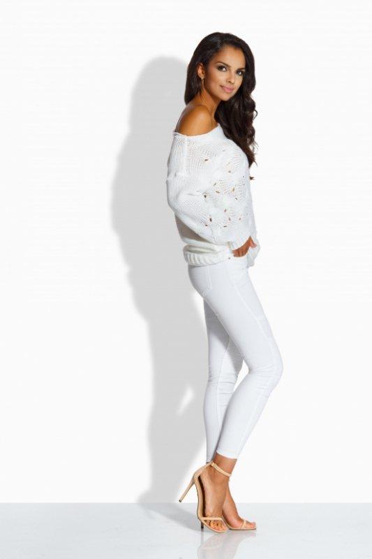 LS191 Kobiecy sweter z uroczymi dziurkami