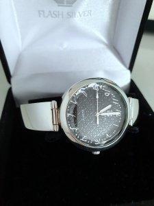 Zegarek ze srebra kod 820
