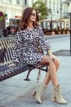 275-3 JENNY Wygodna sukienka z wiązaniem w pasie - PANTERKA