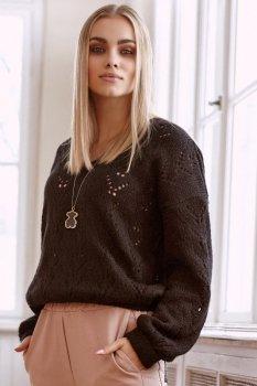 Ażurowy sweter damski wkładany przez głowę czarny S113