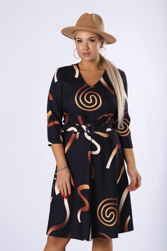 rozkloszowana sukienka w graficznym print z paskiem i dekoltem w serek