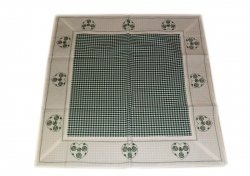 Walentynkowy Ozdobny obrus haftowany rozmiar 110x110 9247 HG Kolor: biało-zielony