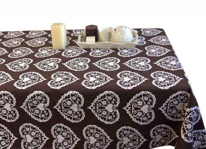 Obrus Romance Andropol rozmiar 160x220 wzór brąz biel