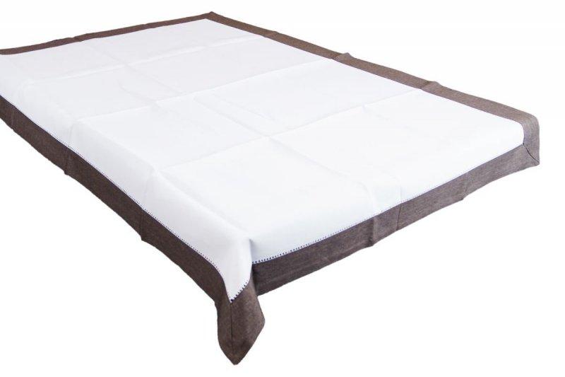 Obrus z mereżką rozmiar 110x160 wzór ecru/czekoladowy (211)