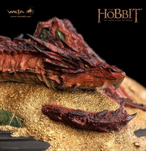 Hobbit - Statue Smaug King Under The Mountain 8 cm