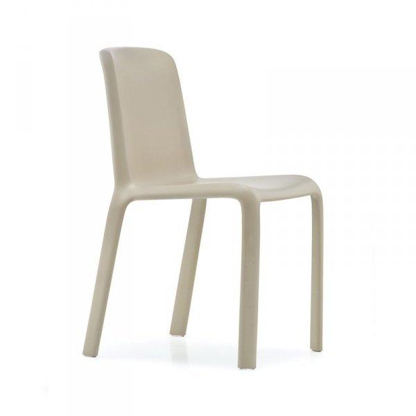 Krzesło Snow 300 Pedrali w kolorze piaskowym