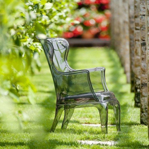 Pasha idealnie sprawdzi się w ogrodach i na tarasach