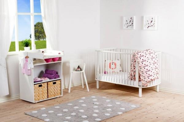 Wysokie krzesełko dziecięce Flexa Baby Białe z bukowami nóżkami