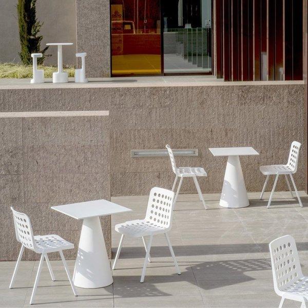 Krzesła Koi-Booki 370 Pedrali ogrodowe