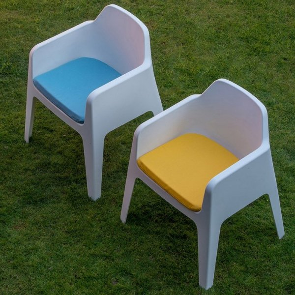 Stylowe meble z poduszkami do ogrodów i na taras Pedralu Plus 630