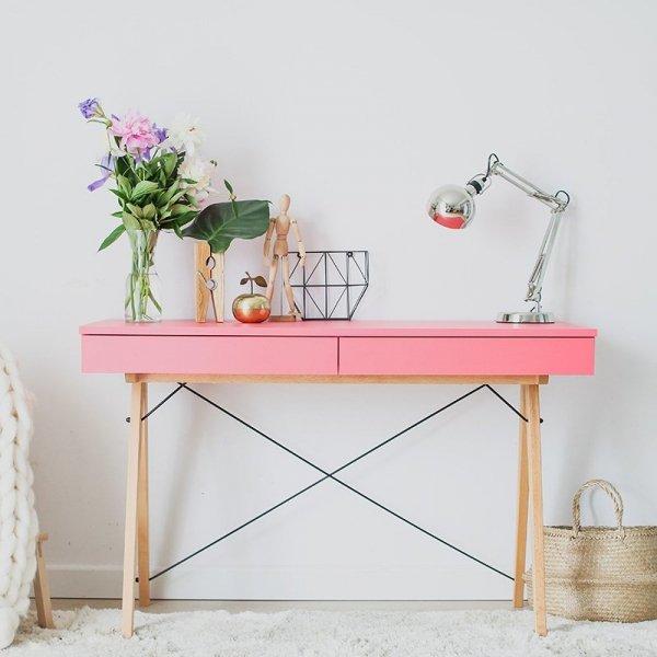 Piękne biurko Basic Minko dostępne jest teraz w kolorze różowym