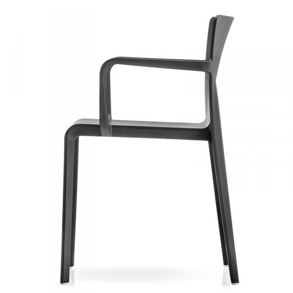 Minimalistyczne krzesła do wnętrz i ogrodów Pedrali Volt 675