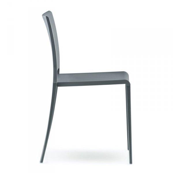 Stylowe krzesła do jadalni marki Pedrali