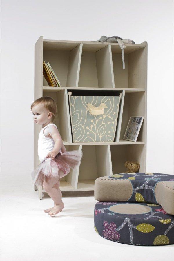 KuKuu Regał na Książki z Koszem na zabawki w kolorze mlecznym Bird&Berry