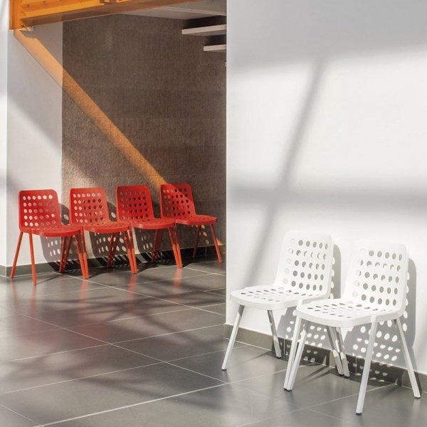Krzesła Koi-Booki 370 Pedrali do hotelu