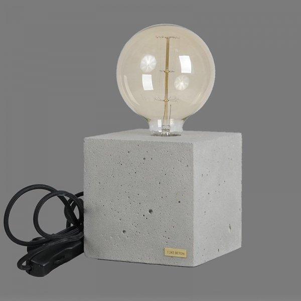 Lampka Edosin Cube z czarnym kablem