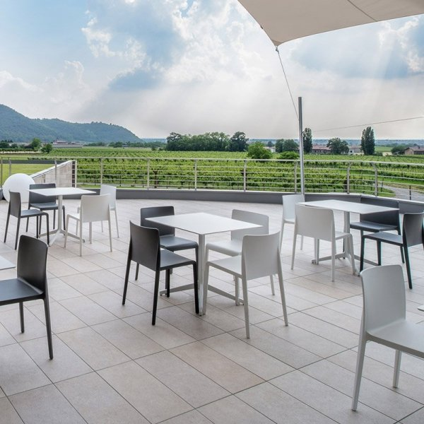 Nowoczesne krzesła do restauracji Volt 670 Pedrali