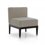 Proste tapicerowane krzesło retro Cube