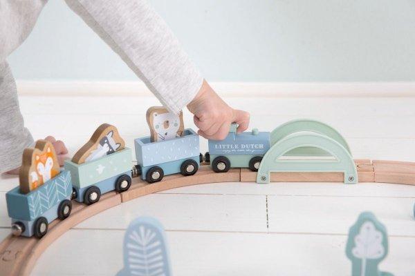 Little Dutch, drewniany pociąg z torami, niebieski