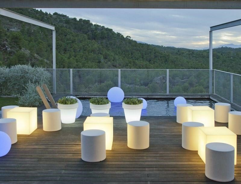 Lampa ogrodowa CUBY 53 SOLAR biała - NEW GARDEN