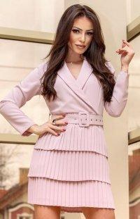 Elegancka sukienka z plisowaniem