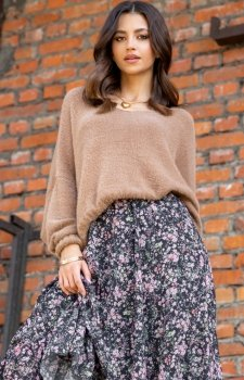 Luźny oversizowy sweter F1066