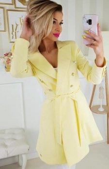 Rozkloszowany płaszcz damski żółty