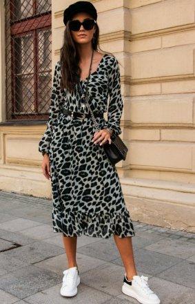 *Sukienka midi w panterkę z falbaną 0241/63