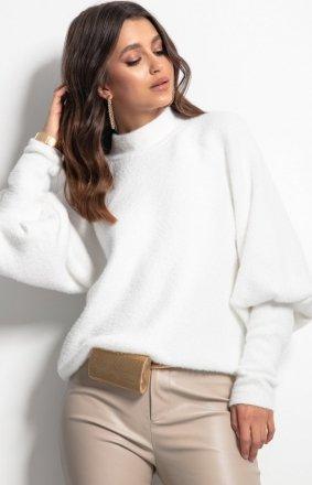 Ciepły golf damski biały F1087