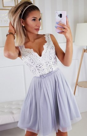*Koronkowa rozkloszowana sukienka Bicotone 2206-31