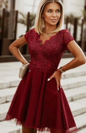 Rozkloszowana sukienka z koronką bordowa 2180-10