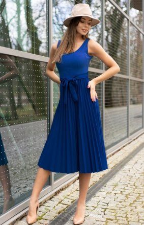Sukienka midi z plisowaniem Meratin chabrowa D07