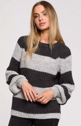 Oversizowy sweter w pasy M632