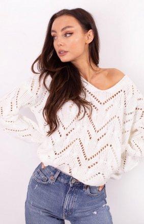 *Ażurowy sweterek ecru LS319