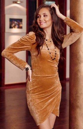 Wieczorowa sukienka z bufkami 0276